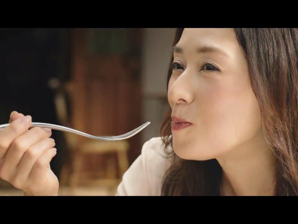 大塚寧々 BERTOLLI  野菜で作るパスタのソース 「マダムと3人のイタリア人篇