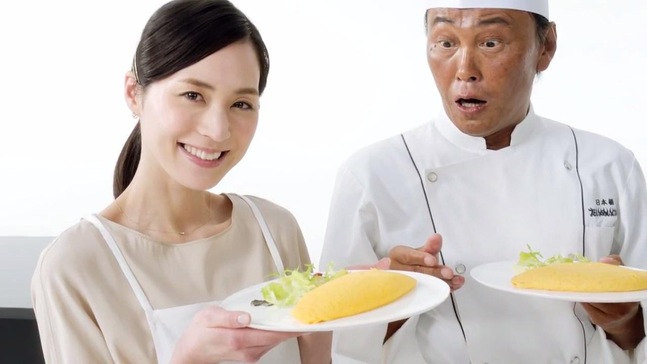 笹川寿里 ブラウン マルチクイック 7 ハンドブレンダー「いつもの料理をシェフも驚く食感に」篇