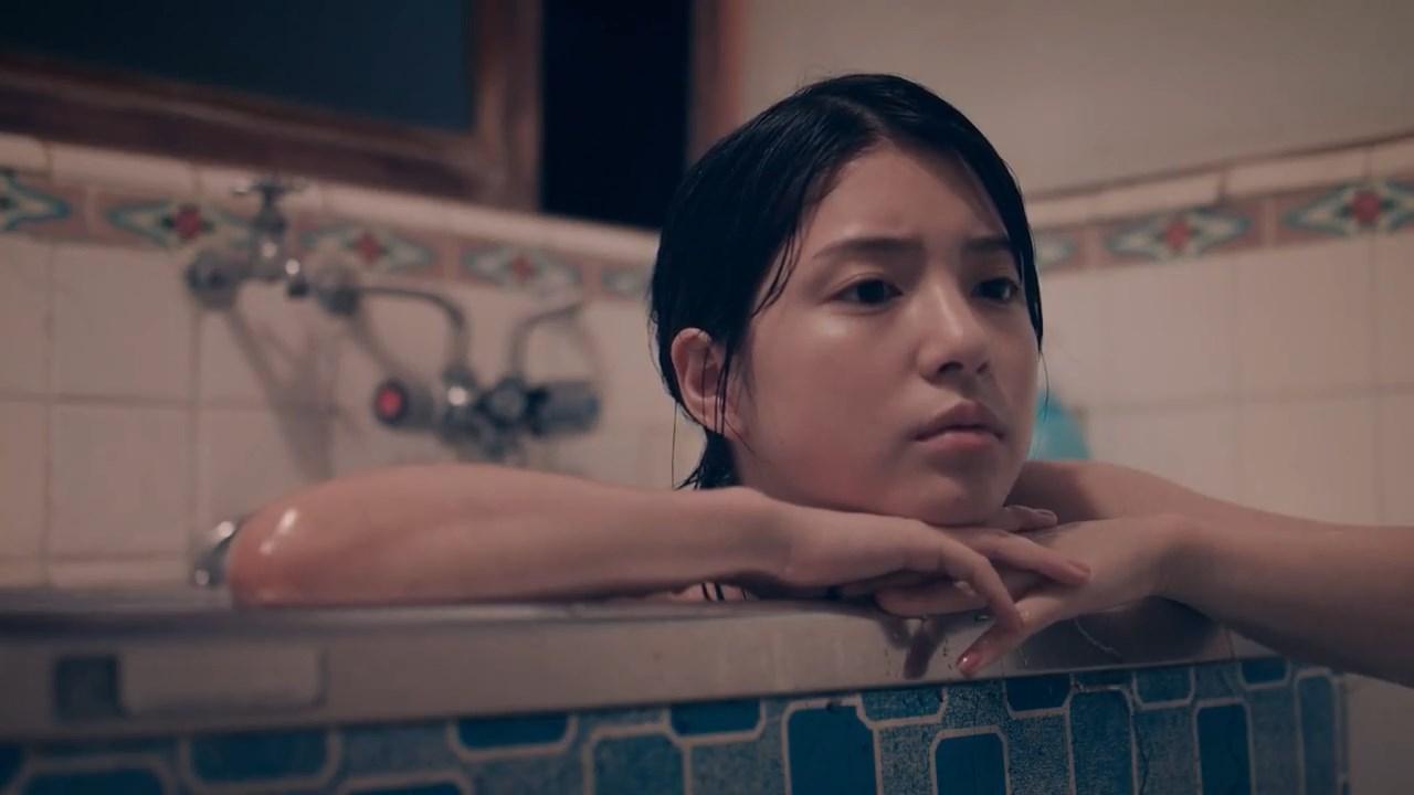 川島海荷 リンレイ ショートフィルム『箒』