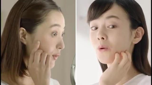 田中美晴 大浦育子 キュアレア TVCM 「二人の症状」篇