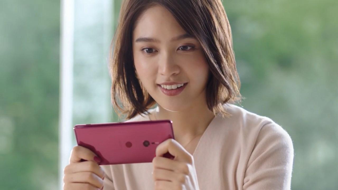 松本愛 Xperia XZ3 TVCM「ステンドグラス篇」