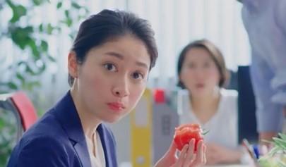「まるごと野菜ベーカリー」 100%トマト オフィスでトマト篇 熊谷江里子