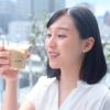山田愛奈「ブレンディ」スティック冷たい牛乳で飲むシリーズ『テレワーク&冷やしブレンディ篇』